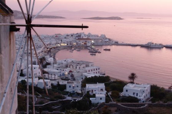 windmills mykonos A trip to the cosmopolitan Mykonos!