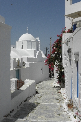 Greece Amorgos Chora Lane Chapel HHall1 Why you should visit Greece in 2013