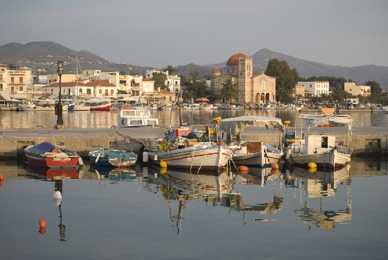 iStock 000009328466Medium AEGINA – ONE OF GREECE'S BEST KEPT SECRETS
