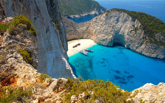 Top 5 Places To Visit In Greece