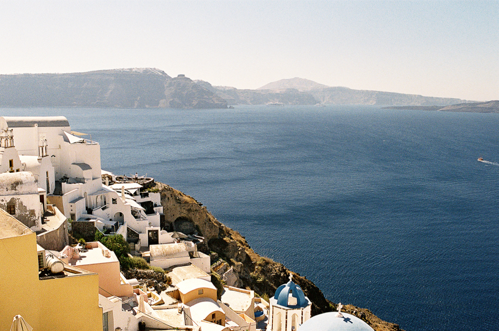 "81 ""Experiential engagement photo shoot in the heart of the Greek archipelago: Santorini"""
